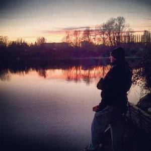 pesca a mosca al tramonto