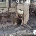 Operai all'opera sulla diga di Creva