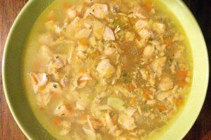 Zuppa di pesce e amaranto