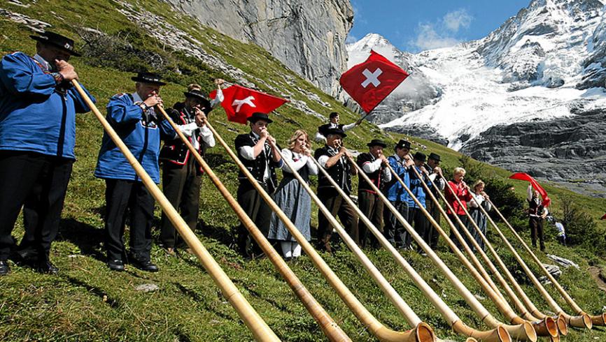 i-pescatori-svizzeri-si-uniscono